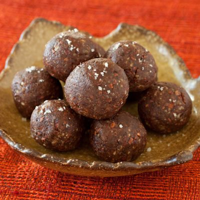 Pecan-date-cacao truffles with Kona liqueur | Gluten-free, paleo, whole foods | Recipe Renovator