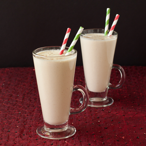 Eggnog smoothie using Davidson's Safest Choice eggs #safenog |Recipe Renovator | Gluten-free, low-sodium, paleo, sugar-free, vegan