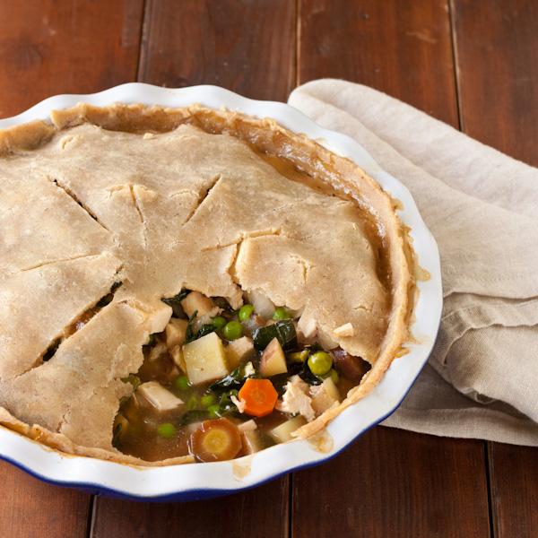 Gluten-free Chicken Pot Pie from Stephanie at Recipe Renovator | Low-sodium, migraine-friendly